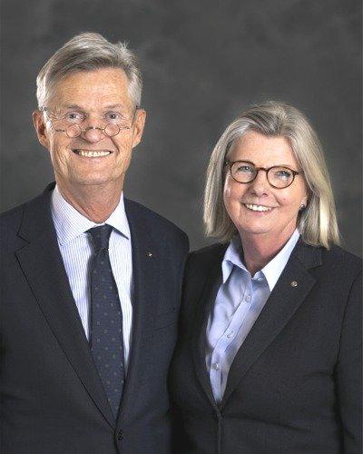 2020-21RI社長與夫人合照1